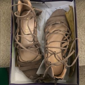 New never used madden girl gladiator shoes